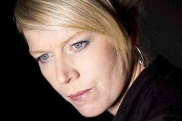 Portrait (blonde Frau)