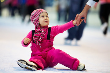 child leaning skating