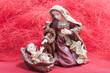 Virgen María y niño Jesús en el pesebre