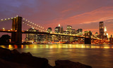 Fototapety Brooklyn Bridge mit Skyline bei Nacht