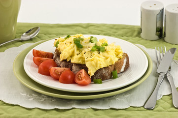 Scrambled eggs with cherry tomatoes