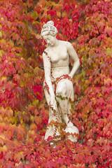 Statue ahorn wand