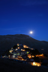 Castelluccio di Norcia by night