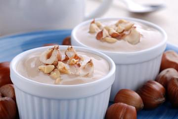 yogurt alla nocciola - due