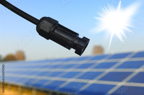 Stecker mit Solarmodul zur Erzeugung von Solarstrom - 36745142