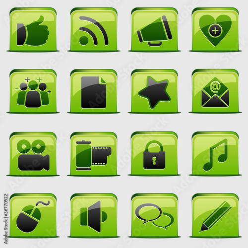button Green Social Media