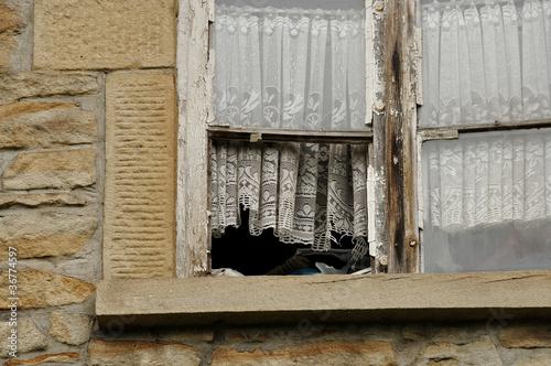 Verlassenes Haus, Fenster
