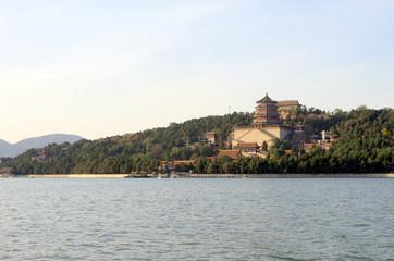 颐和园昆明湖和万寿山