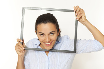 Hübsche Frau mit Rahmen
