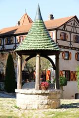 Brunnen in Burg Harburg