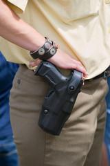 Dienstwaffe einer Polizistin