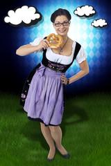 Oktoberfest Frau im Dirndl