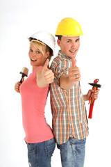 Paar beim Hausbau