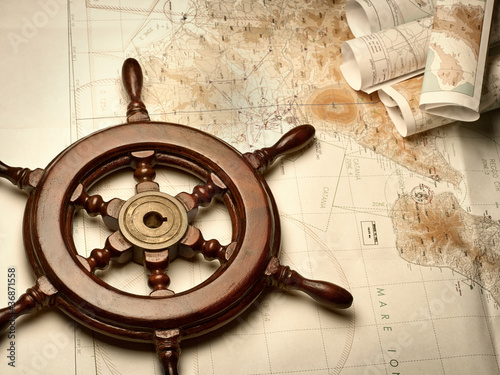 Navigation maps and helm