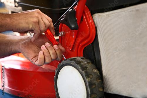 Rasenmäher reparieren - 36884538