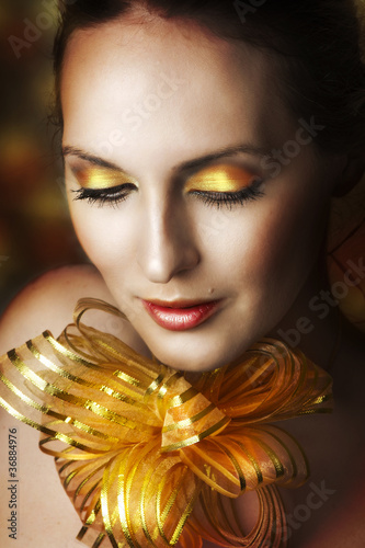 Glamour portrait of young fashion woman