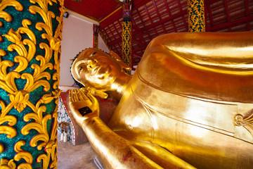 A Buddha in Lampang3