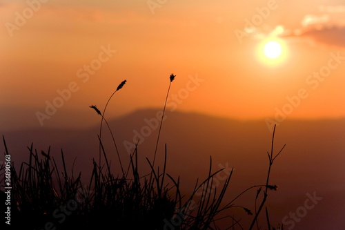Coucher de soleil en montagne de aur lien antoine photo libre de droits 36890568 sur - A quel heure se couche le soleil ...