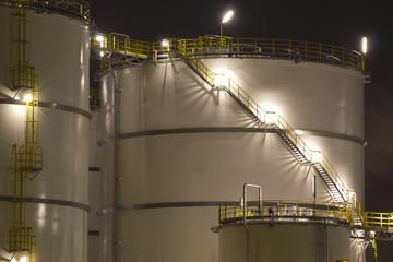 Oil-Storage tanks
