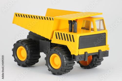 scherer lastwagen kipper kinderspielzeug von osterland. Black Bedroom Furniture Sets. Home Design Ideas
