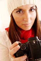 Fotografin in Winterkleidung