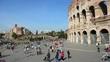 Turisti al Colosseo, Roma