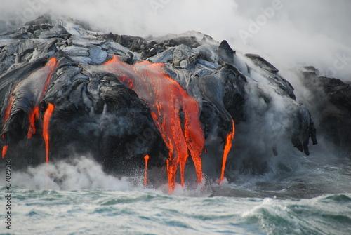 Leinwanddruck Bild Multiple Lava Flows, Ocean, Steam, close up
