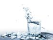 Wasser mit Eis