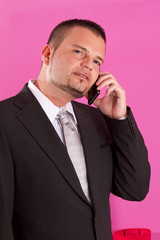 business man al cellulare