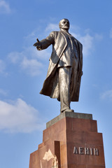 Lenin monument in Kharkov built in 1963