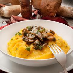 polenta con funghi porcini