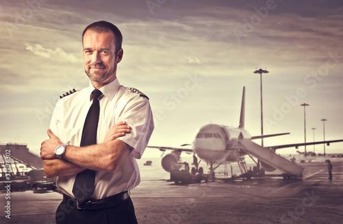 Pilot - 37076302