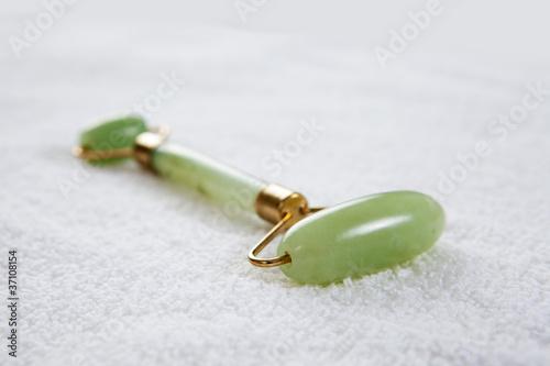 Jade Roller - 37108154
