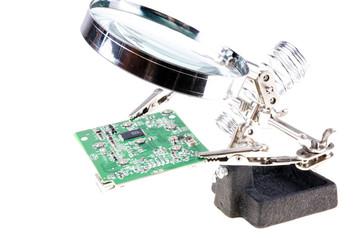 third hand magnifier