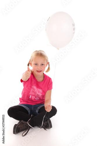 Kind mit Heliumballon