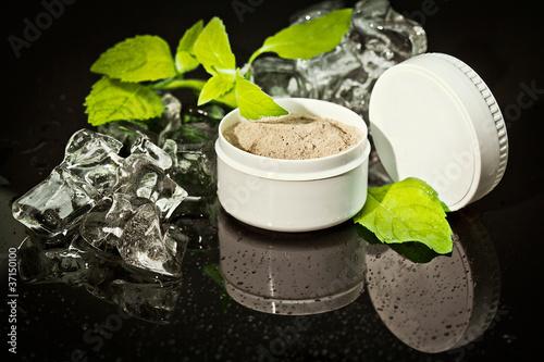 biały pojemnik na substancje kosmtyczne, puder, krem, - 37150100
