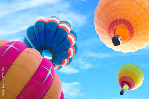 Deurstickers Ballon colorful hot air balloon with beautiful blue sky and cloud