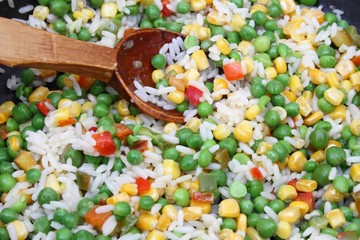 Mix with fresh vegetables