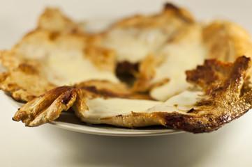 Pollo alla griglia con formaggio fuso