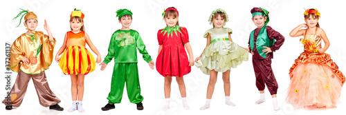 Leinwanddruck Bild Children in bright fancy dress