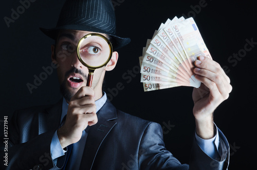 Man with counterfeir money