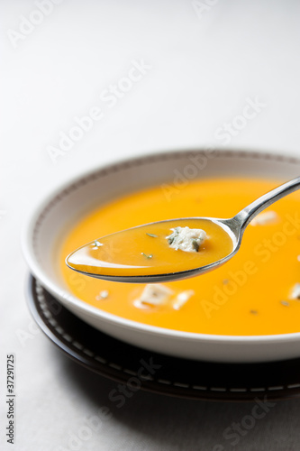 Cream of pumpkin soup with blue cheese