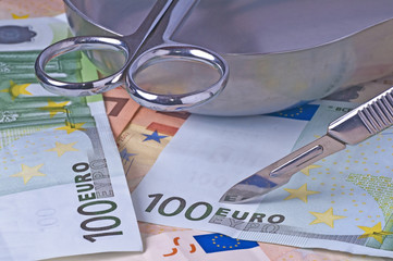 Euro unterm Messer