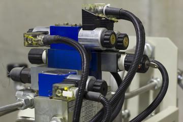 Hydraulic solenoid valves