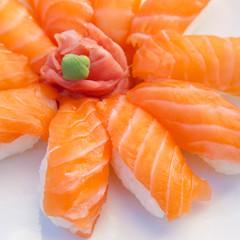 6 Sushis Saumon