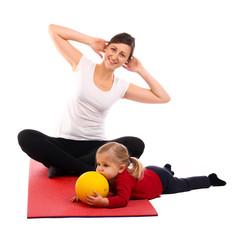 30.11.11 Mutter mit Kind beim Sport