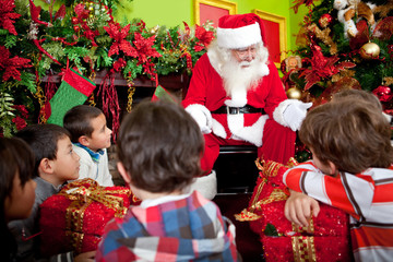 Santa telling a Christmas story