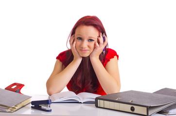 gelangweilte Studentin beim studieren