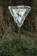 Zerbeultes Naturschutzgebiet-Schild