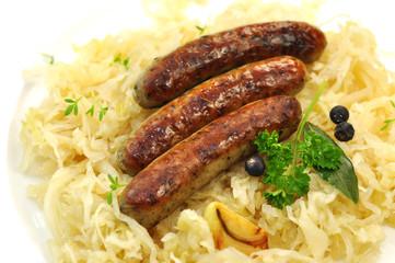 Bratwurst mit Sauerkraut